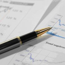 Average Financial Services Salaries and Trends for 2015